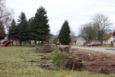 Obnova parku na návsi v Lukové